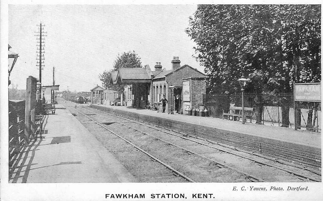 Longfield Station in about 1910