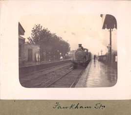 Class M3 train arriving at Longfield Station in 1906