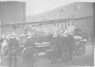 Dartford Fire Brigade at Southern Hospital about 1910