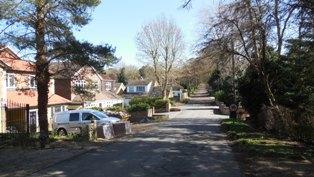 Hartley-Kent: Manor Drive